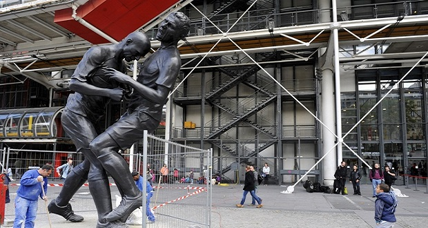 FRANCE-ARTS-SCULPTURE-ZIDANE-ABDESSEMED