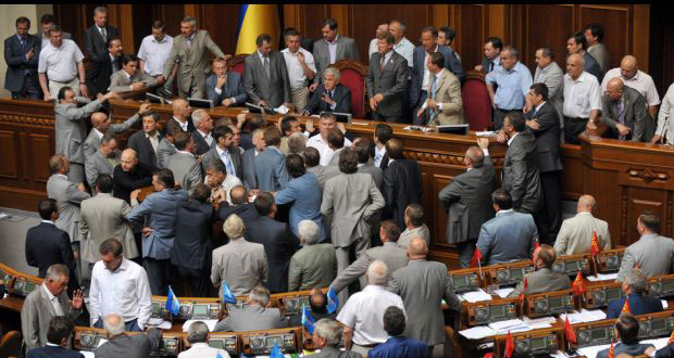 1394486866_parliament_fights_roundup_13