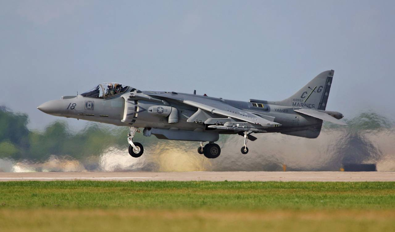 1366441021_av-8b_harrier_ii